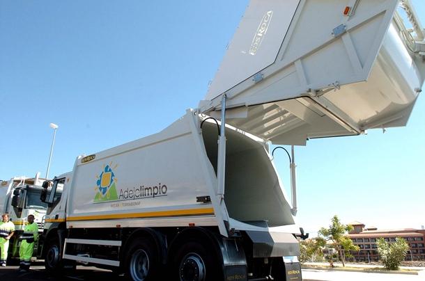 Adeje limpia y saludable camiones basura