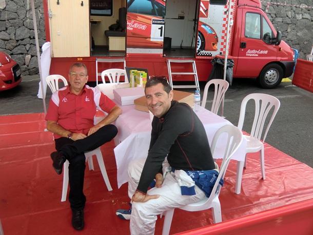 Ángel Ramos, jefe de equipo de Imex-Auto-Laca y Miguel Fuster
