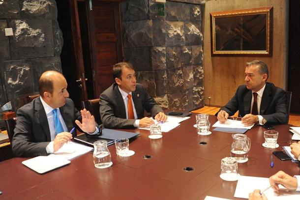 Juan José Carmona, José Manuel Bermúdez y Paulino Rivero