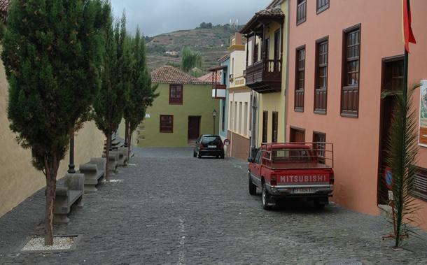 entorno iglesia y antiguo ayuntamiento de la guancha
