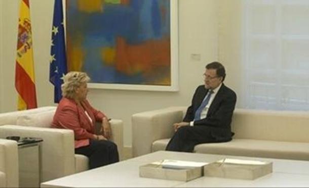Mariano Rajoy y Ángeles Pedraza AVT