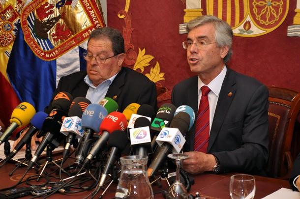 Moción de censura Álvaro Dávila