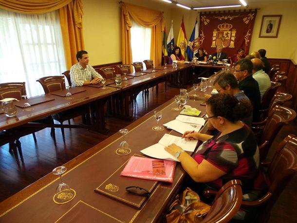Pleno extraordinario Tacoronte expulsion concejales PSOE