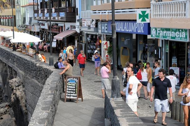 paseo de San Telmo, turistas Puerto de la Cruz