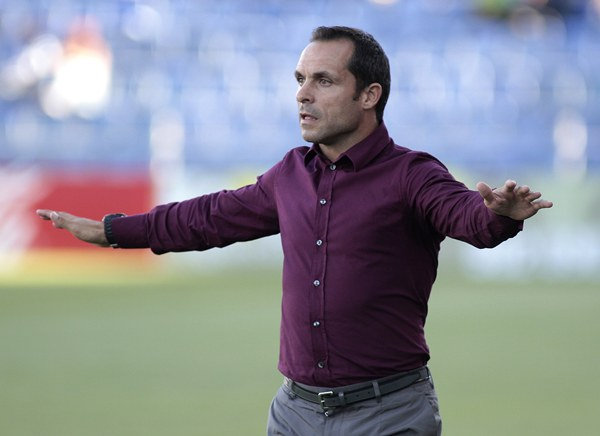 El entrenador del Recreativo de Huelva, Sergi Barjuán.   DA