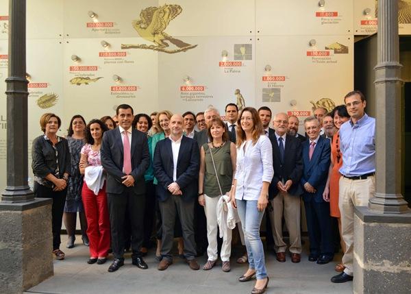 El Museo de la Naturaleza y el Hombre acogió el encuentro de los asistentes a la jornada sobre puertos. | DA