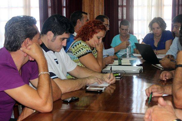 La junta de gobierno de la Federación de Lucha fue la encargada de aprobar el proceso electoral a la presidencia de la Tinerfeña. / MOISÉS PÉREZ