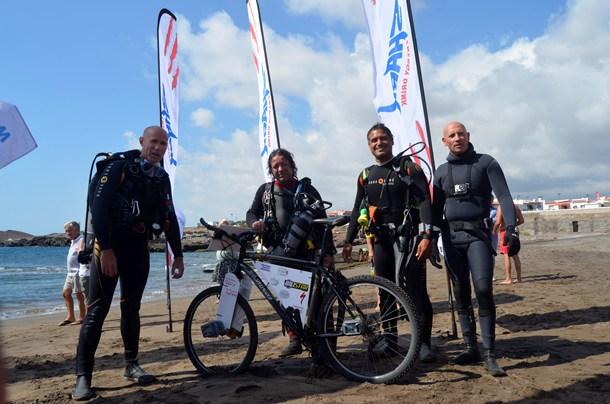 record del mundo distancia recorrida bajo el agua en bicicleta