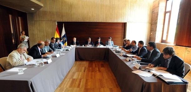 reunión Fecai, Fecam y Gobierno de Canarias Paulino Rivero