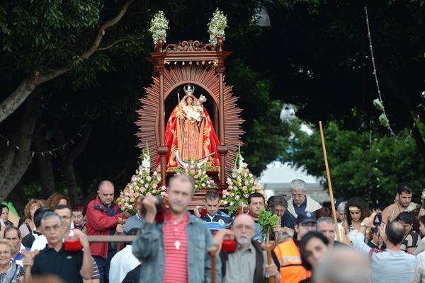 La primera Bajada Lustral de la Virgen de El Socorro. | SERGIO MÉNDEZ