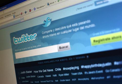 Twitter podría lanzar su propio sistema de mensajería instantánea.