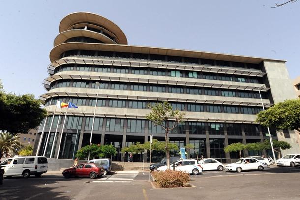 edificio Múltiples II de Santa Cruz de Tenerife.