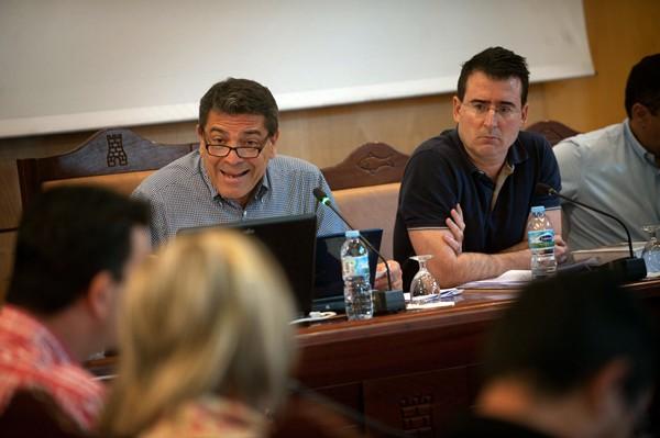 """El alcalde tuvo una acalorada intervención al calificar a José Fernando Gómez de """"tramposo"""". / F. PALLERO"""