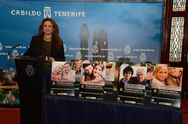 Cristina Valido campaña Nuestros mayores, un compromiso de todos