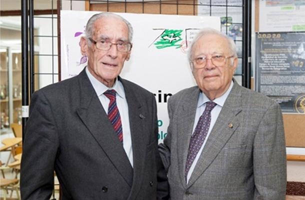 Enrique Fernández Caldas (izquierda) junto a Wolfredo Wildpret de la Torre,