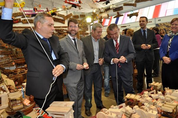 Efraín Medina, Carlos Alonso, paulino Rivero y Aurelio Abreu, ayer durante la inauguración. / MOISÉS PÉREZ
