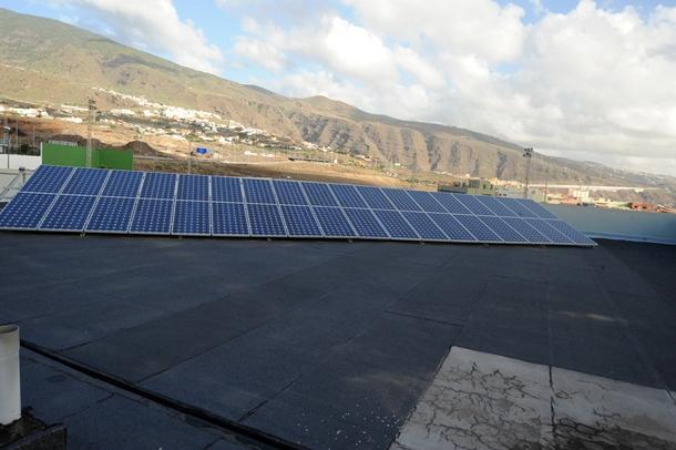 placas solares en el IES Punta Larga.