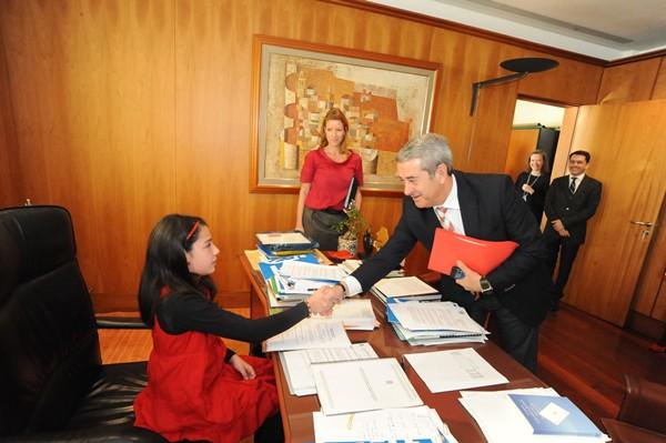 Kathia, presidenta del Cabildo de Tenerife por un día.   J. G.