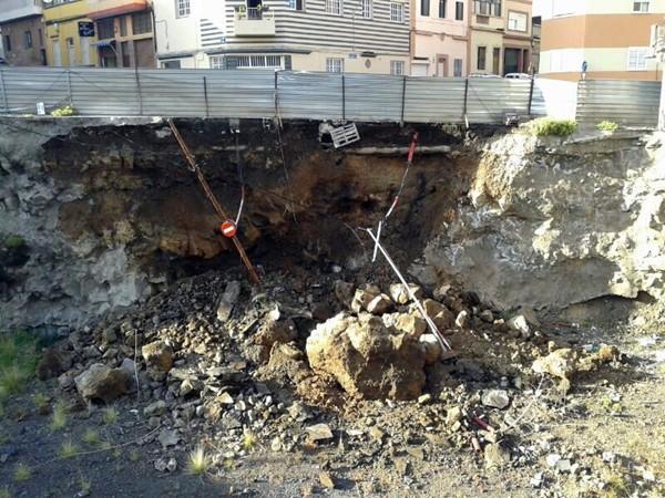 La reparación del derrumbe de la calle Guanche Zebenzui es la más costosa de las cinco presupuestadas. / DA