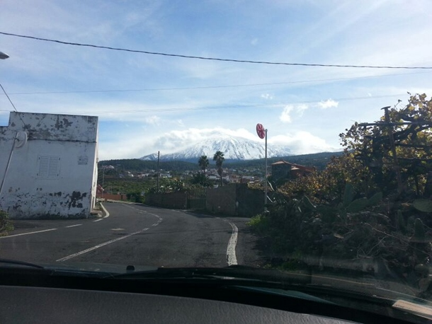 Teide nevado desde Icod. | KAREN ESTÉVEZ