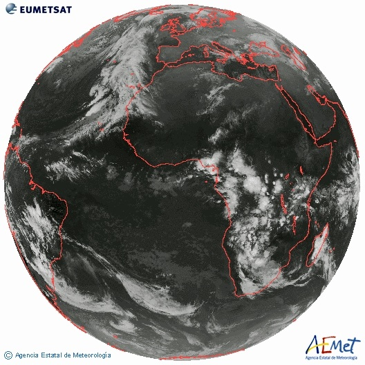 Imágen de satélite donde se aprecia el frente frío que azotará Canarias estos días.   DA