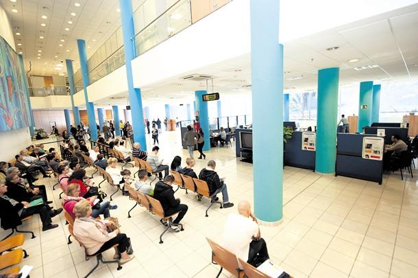 Los tributos canarios a golpe de clic diario de avisos for Oficina tributaria canaria