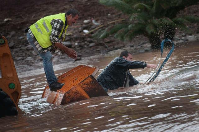 El temporal ha provocaso peligrosas inundaciones en el sur. / FRAN PALLERO