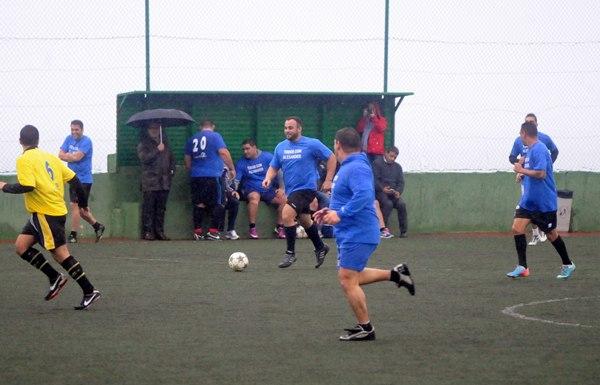 Samuel Rodríguez, Gomerito III, con tres goles, protagonista del partido.   J. G.