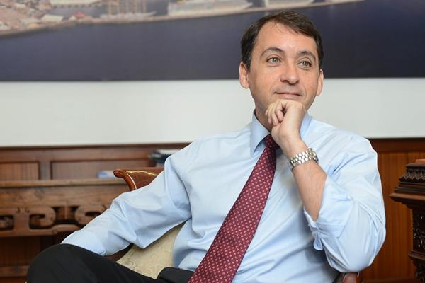 El alcalde durante la entrevista. | SERGIO MÉNDEZ
