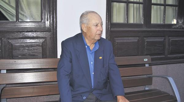 Federico Pérez alcalde de el tanque entre 1974 y 1995, el último de la dictadura y el primero de la democracia