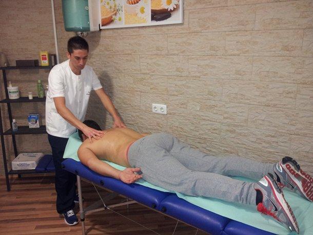 Domingo Enrique Cruz Garcia masajjista quiromasajista y acupultor