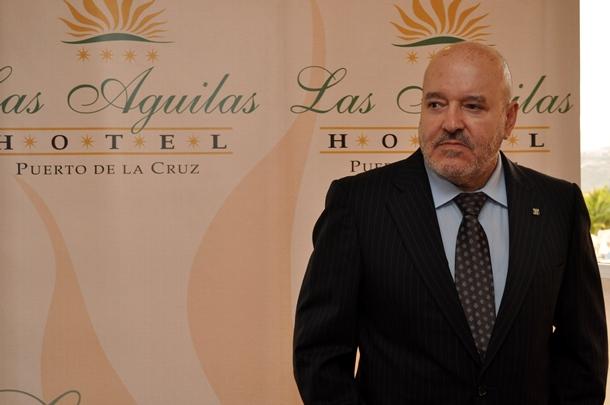 Miguel Concepcion CD Tenerife Hotel Las Aguilas