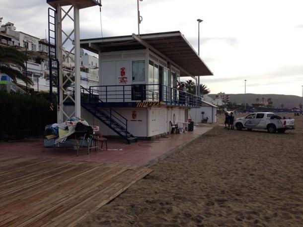 Puesto de vigilancia socorristas playa de Las Vistas