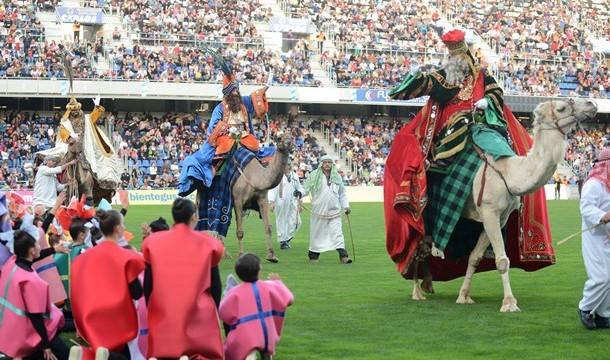 Los Reyes Magos reparten ilusión por todos los rincones
