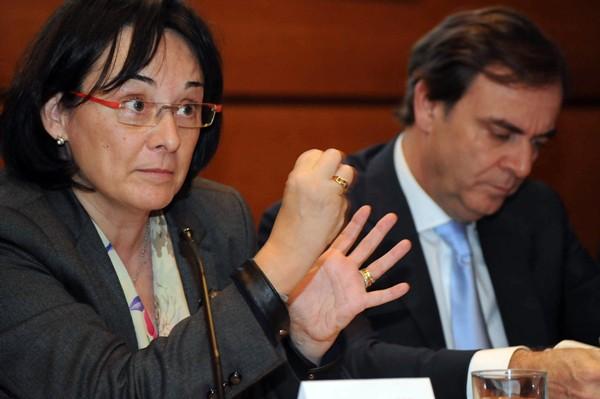 La magistrada del TS Lourdes Arastey y el presidente del TSJC, José Ramón Navarro, ayer en Santa Cruz. / J.G.