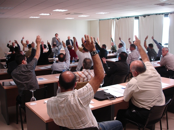Una de Asamblea de la FCA celebrada en Tenerife.   motorchicharrero.com