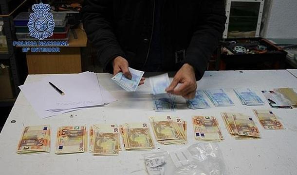 billetes falsificados confiscados