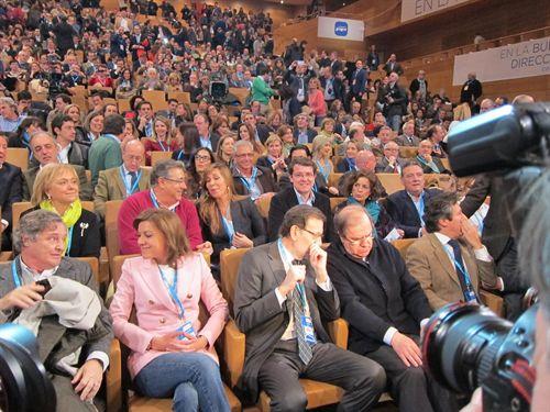 rajoy arropa a Cospedal en la convención del partido