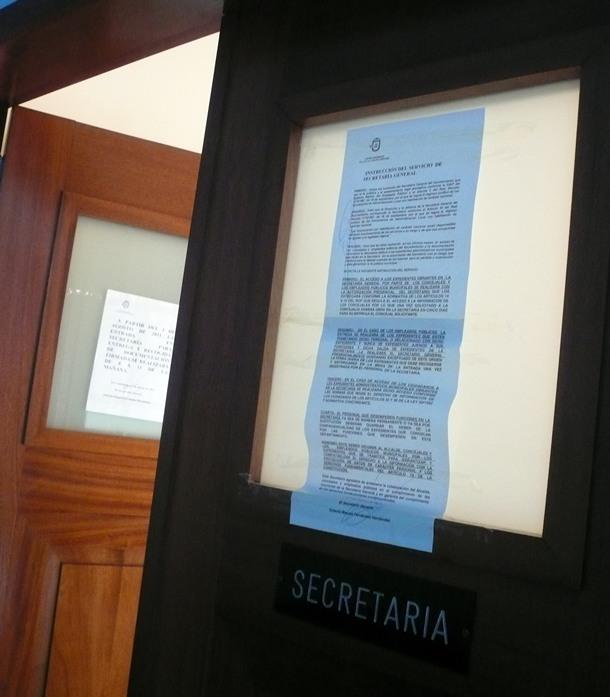 despacho Secretaria Candelaria secretario trancado