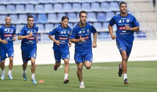 Ruiz y Aridane (d), con problemas físicos durante la semana, se han recuperado a tiempo. | SANTIAGO FERRERO