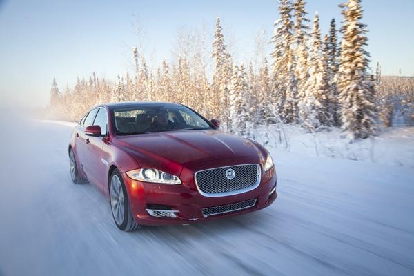 La gama Jaguar AWD parte de 75.400 euros en el modelo XF y de 105.310 euros en el caso del XJ. | DA