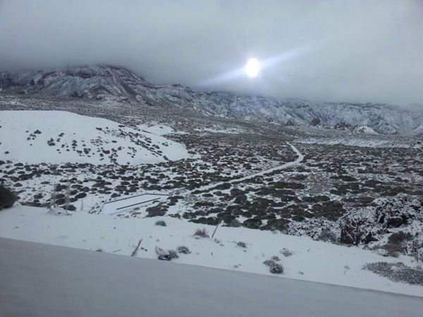 Imagen del Teide nevado el 10 de enero de 2013