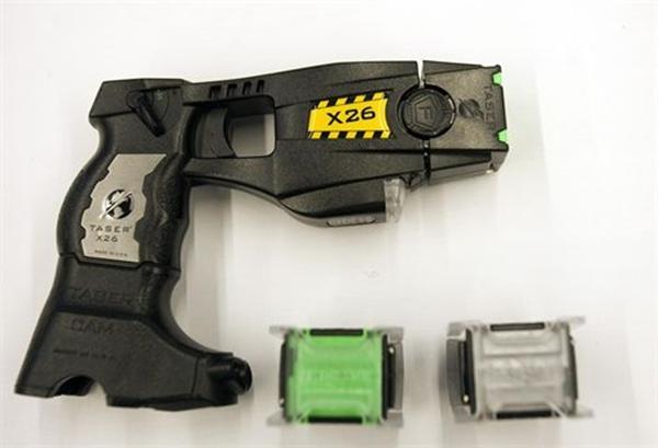 pistola eléctrica Taser