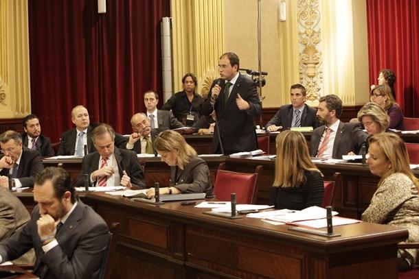 sesión plenaria del Consell de Menorca.