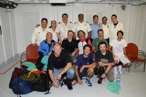 tripulacion Buccaneer  rescatados por Costa Deliziosa