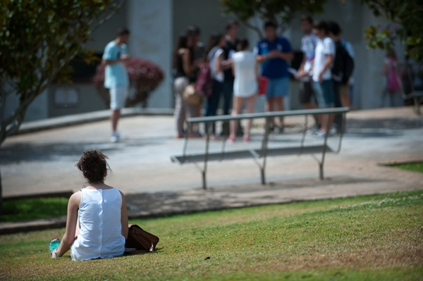 La crisis ha expulsado del mercado laboral a miles de jóvenes.   DA