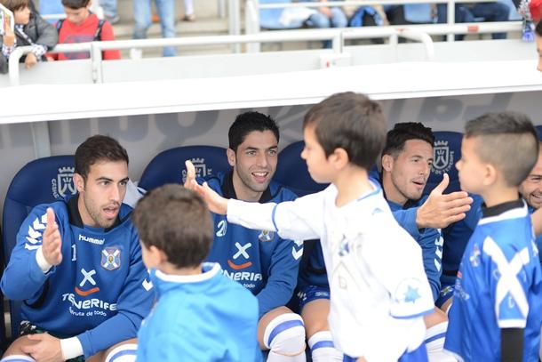 Diego Rivas y el delantero Juanjo