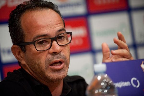 El entrenador insular espera que los suyos tengan sus opciones en el encuentro de este domingo. | F. PALLERO