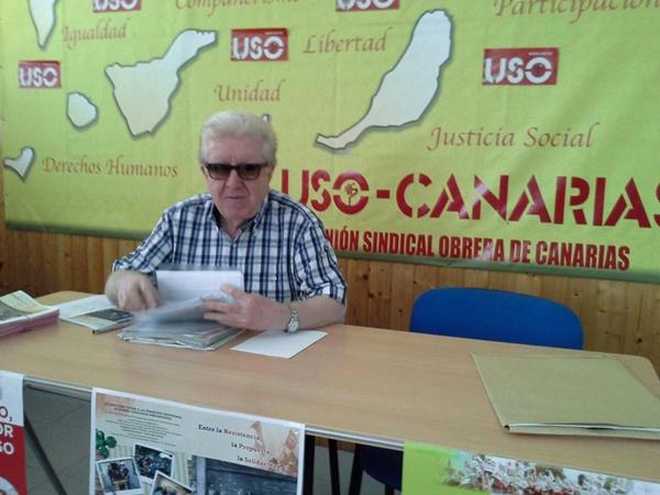 Manuel Zaguirre, en la sede de la USO en Santa Cruz de Tenerife durante la presentación del libro. | DA