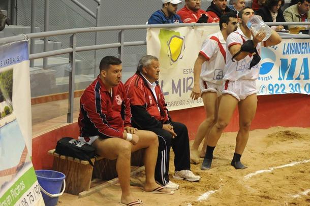 Rosario Campitos lucha canaria